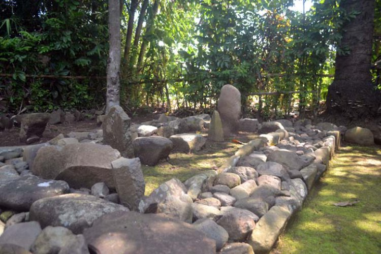 Makam Eyang Dalem Wijaya Kusumah