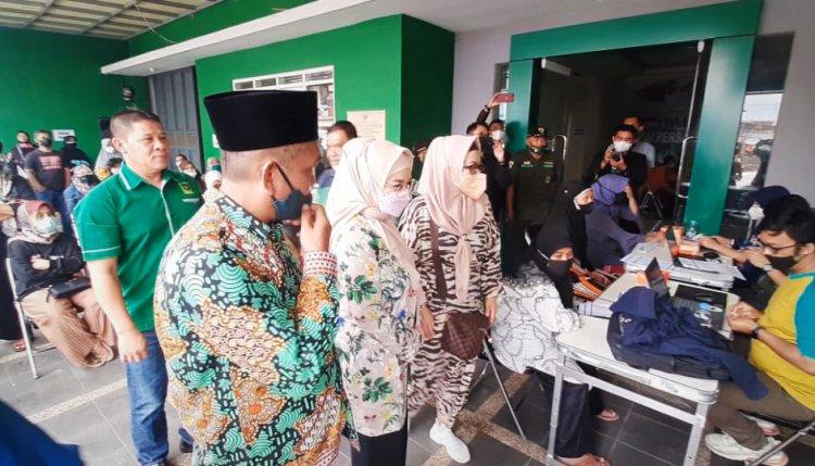 PPP Kota Tasik Gelar Vaksinasi Massal, Peserta dapat Beras Gratis