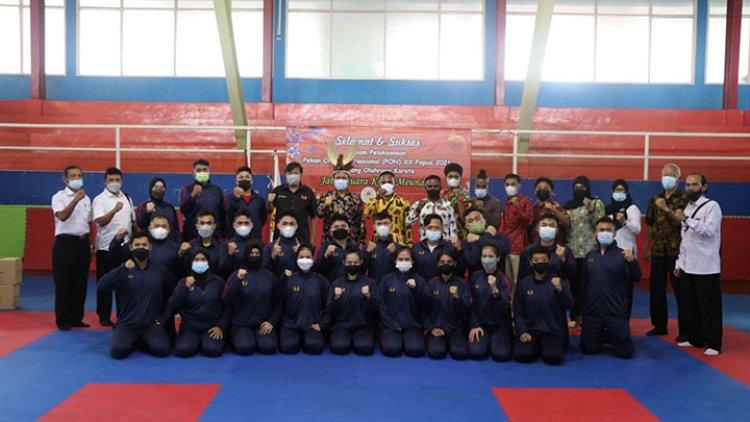 INKANAS Jabar Lepas Kontingen Karate Pada PON XX Papua